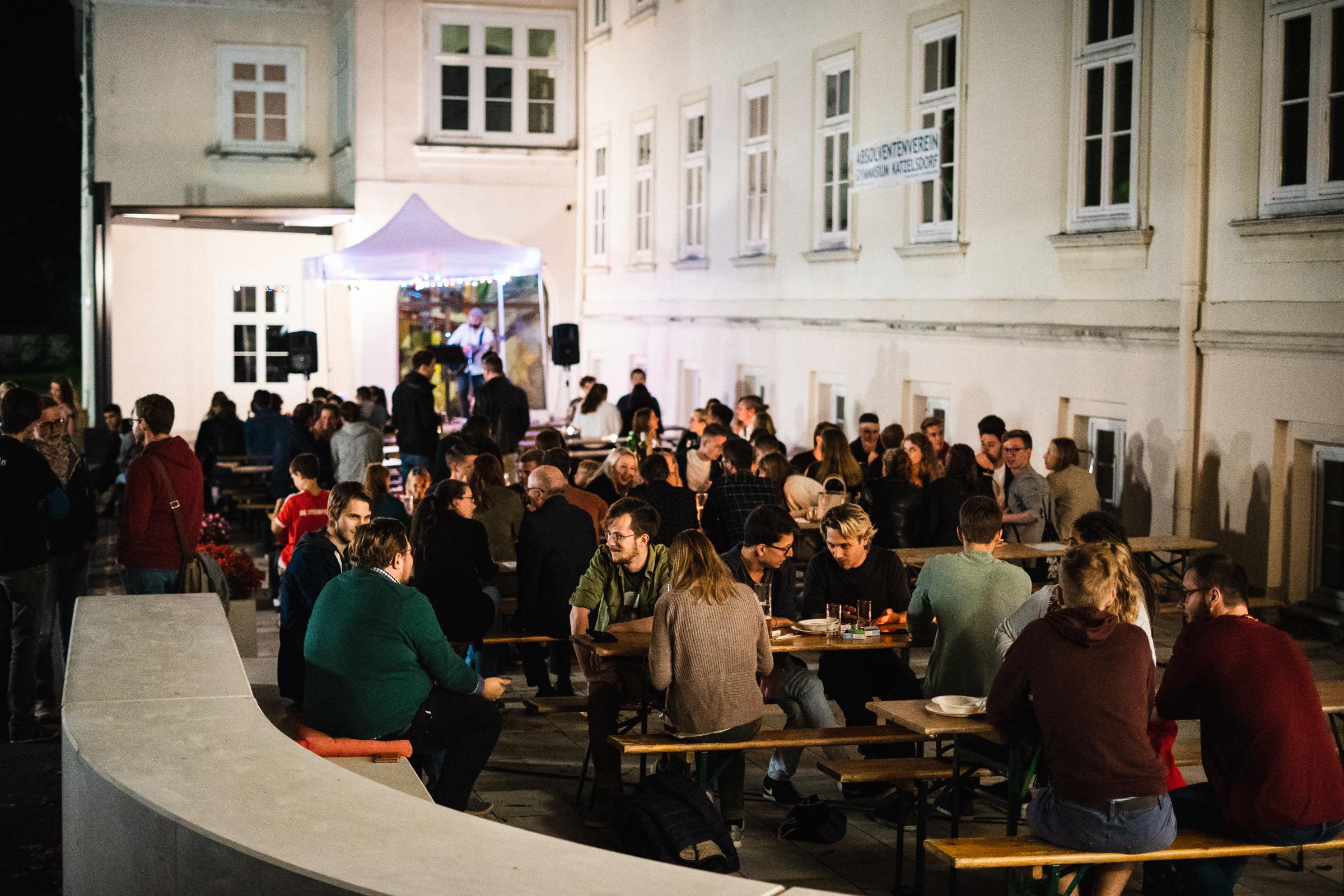Back to School - das Fest am Vorplatz des KMH-Gymnasiums